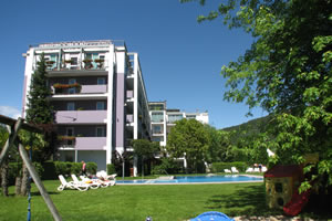 Ambassador Suite Hotel ***